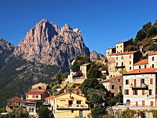 photo photo paysage village